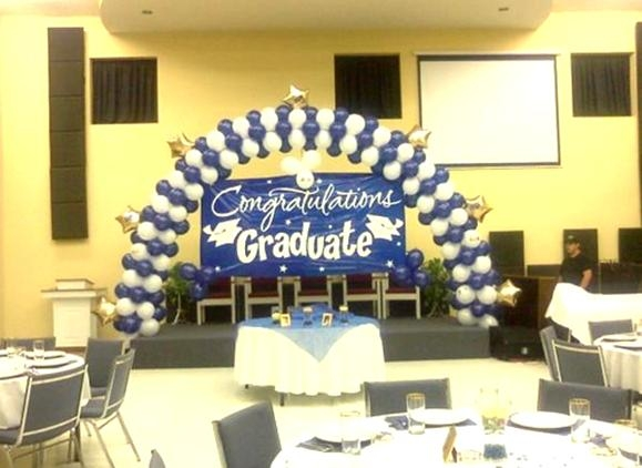 You're a Star Graduation Arch