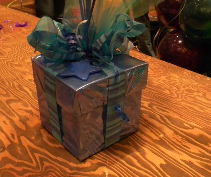 bases-gift-box